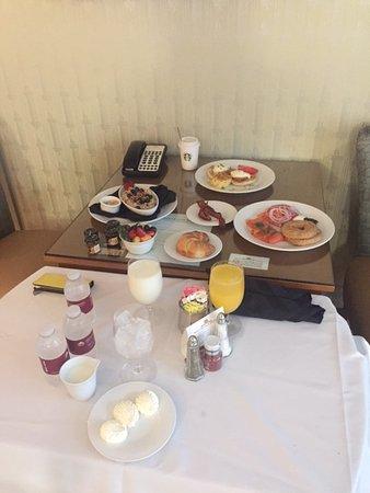 West Baden Springs, IN: room service