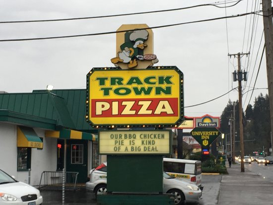 Track Town Pizza: photo2.jpg