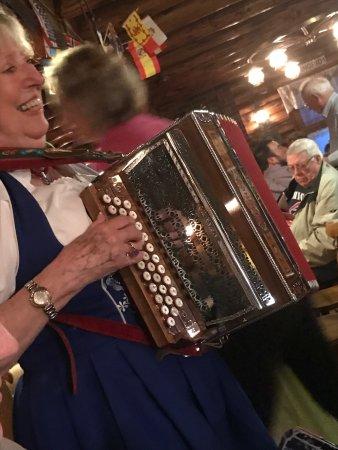 Edelweiss Restaurant : Wonderful atmosphere