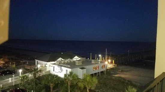 Surfside Beach Resort: 20170407_201813_large.jpg