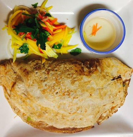 Orangeville, Canada: Mix foods Thai, Vietnamese and Filipino Food 👍
