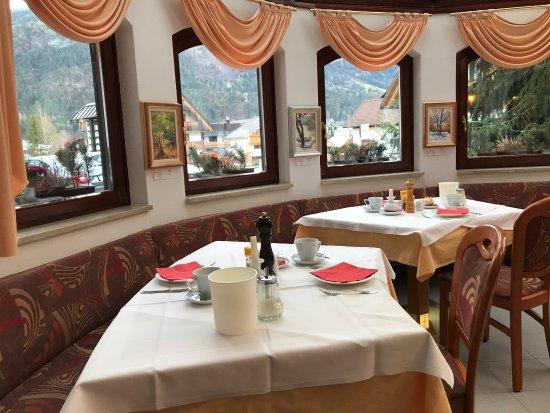 Hotel & Restaurant Miklic: photo1.jpg