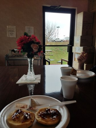 Ozark, MO: view at breakfast