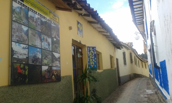 Mamma Cusco Hostel: Natural Peru Tours Headquarters - Alabado 536 - San Blas - Cusco