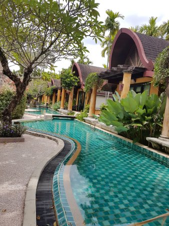 The Village Resort and Spa: swimming pool and villas with pool access
