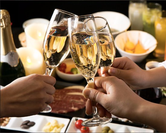 記念日やご接待の乾杯にはスパークリングワインがおすすめ - Photo de ...