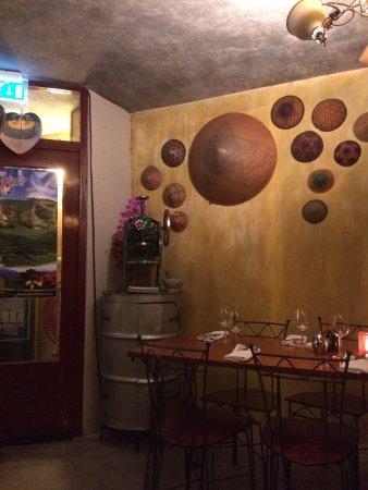 Malaysian restaurant Wau: photo2.jpg