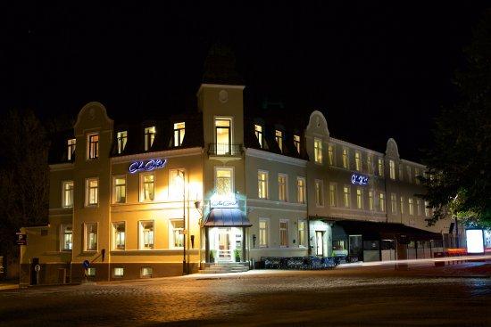 모스 호텔