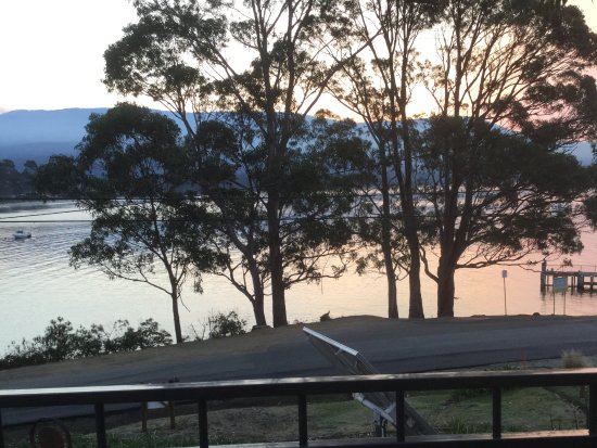 Adventure Bay, Australien: View from the balcony at dusk