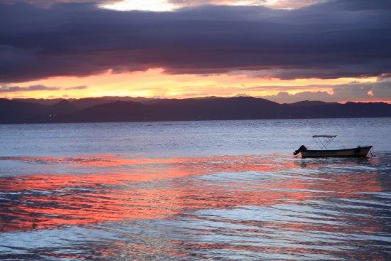 Cabilao Island, Philippines: 20170407121755_IMG_0855_large.jpg