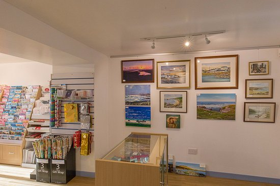 The Blue Letterbox (Port Ellen): Picture gallery from local artists