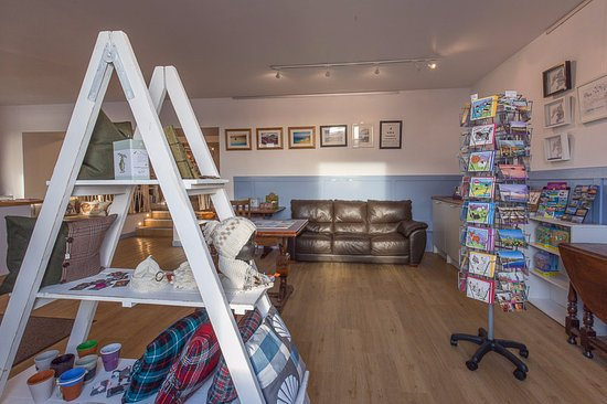 The Blue Letterbox (Port Ellen): Relax and browse our local crafts