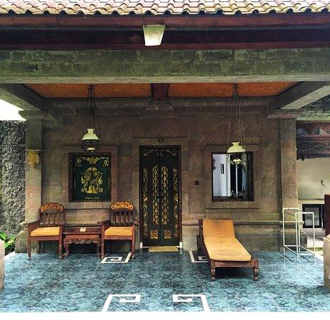 Dewangga Bungalow: Our verandah
