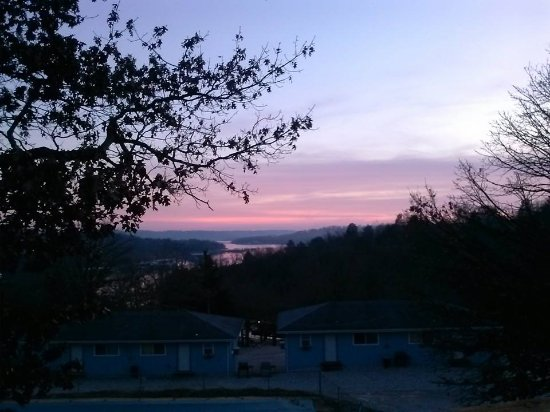 Harpers Valley Resort: Beautiful sunsets!