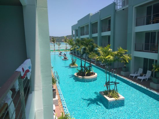 Phi Phi Harbour View Hotel