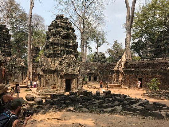 Cambodian Private Tour Guide: photo2.jpg