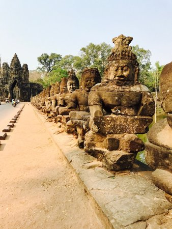 Cambodian Private Tour Guide: photo3.jpg