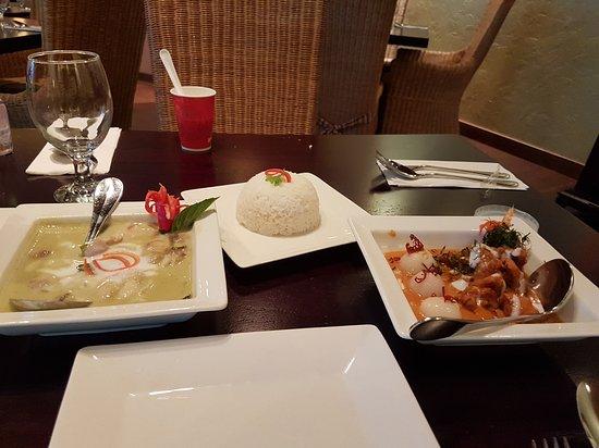 Lemongrass Thai Restaurant: 20170408_161829_large.jpg
