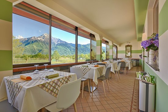 Hotel Europa: Panoramic terrace, for restaurant and breakfast.