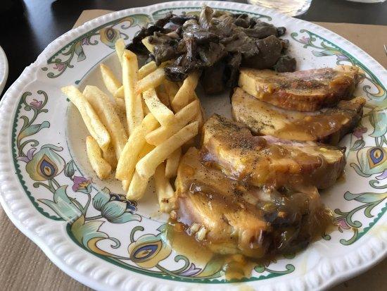 Cellers, España: Muy buena relación calidad precio,la parte de buffet también muy bien presentada y servicio muy