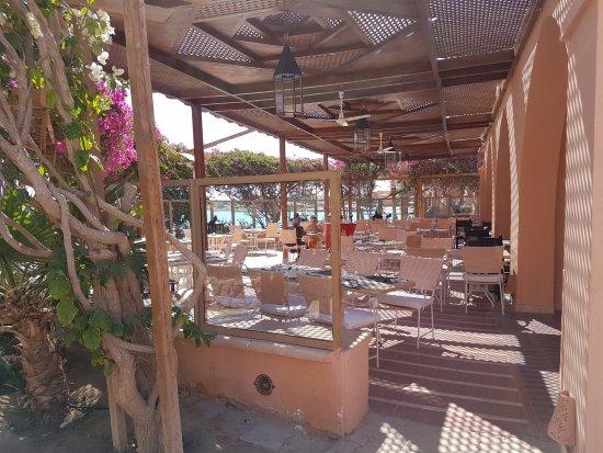 Hotel Sultan Bey Resort: Restaurant Aussenbereich