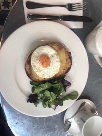 Aubaine High Street Kensington: Breakfast!