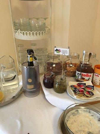 Hotel Gottardo Garni: Teil des Frühstücksbuffet