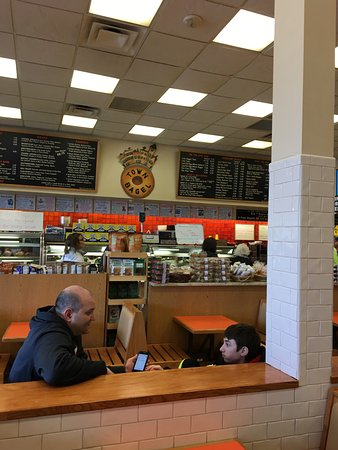 Plainview, NY: Town Bagel Shop