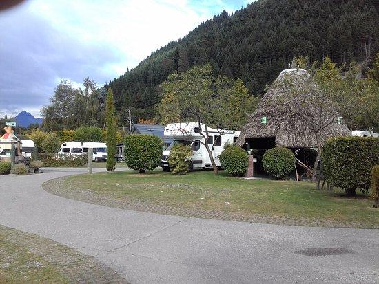Foto de Queenstown Holiday Park & Motel Creeksyde