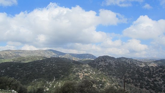 Crete, Greece: Going up the mountains