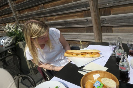 Elewijt, بلجيكا: Chicken burger maxi size