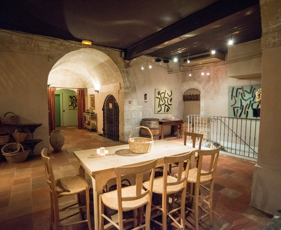 La Table Haute Restaurant at the La Mirande Hotel