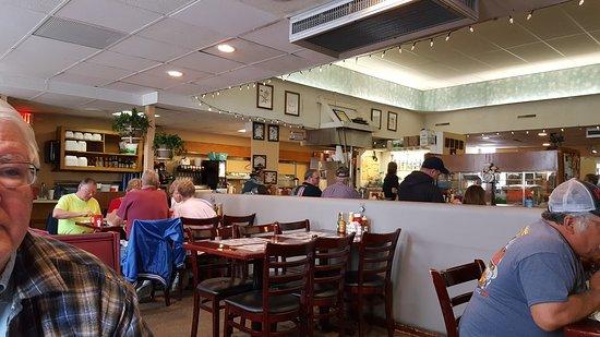 J & L Cafe: 20170408_083052_large.jpg