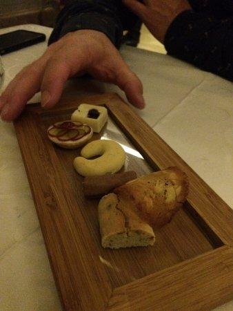 Aubergine: Bread plate