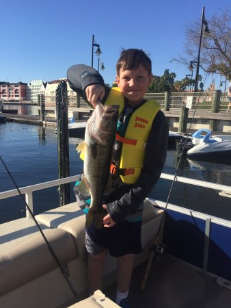 Disney world guided fishing excursions disney for Fishing at disney world