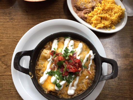 Rathdrum, ID: Chicken enchiladas with green sauce
