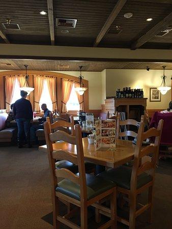 Midland, MI: view of the room