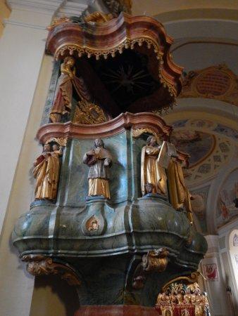 Cerkev Sv. Križ na Gori Oljki