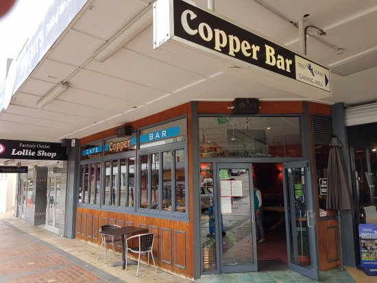 Timaru, New Zealand: Cooper bar