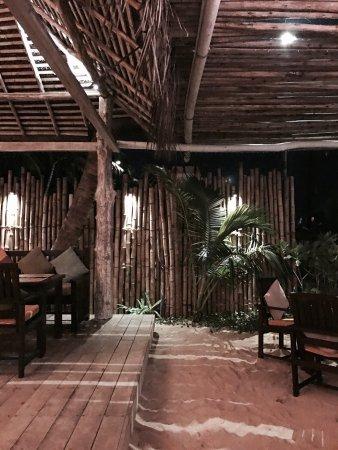 Mambo's Hikkaduwa Restaurant & Bar Photo