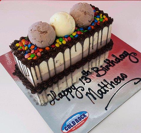 cold rock ice creamery the best birthday cake is a cold rock ice cream cake