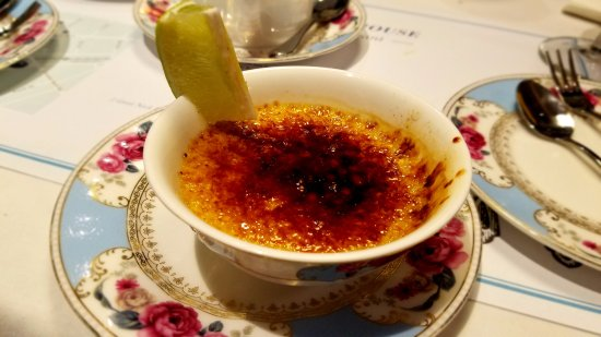 Great Neck, NY: lime and ginger creme brulee