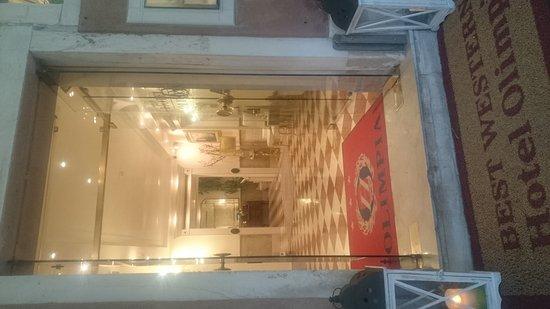 HOTEL OLIMPIA Venice: DSC_0025_1_large.jpg