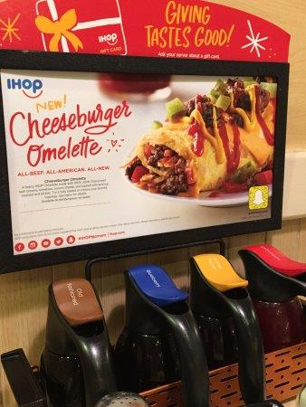 Denison, TX: El desayuno siempre es memorable. al disfrutar de sus exquisitos omelets y sus hot kaques