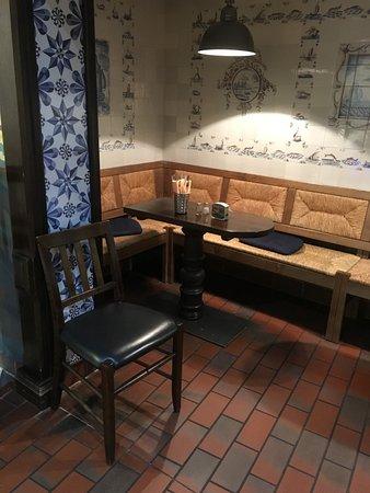 Bruns aalr ucherei bad zwischenahn restaurant for Gemutliche sitzecke jugendzimmer