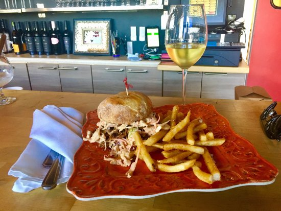 The Nomad Cafe : House Smoked Beef Brisket Special