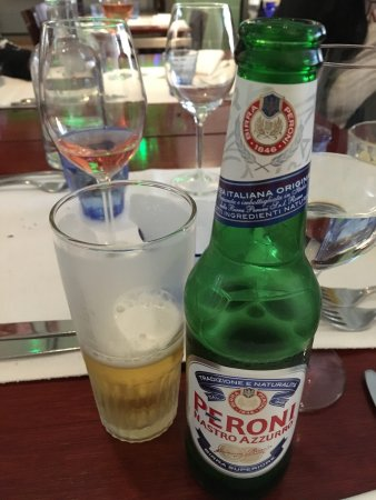 Oliva: Nice peroni with a great dinner.