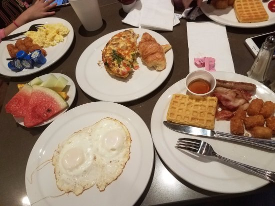 Astounding Breakfast Buffet Picture Of Embassy Suites By Hilton Home Interior And Landscaping Ologienasavecom