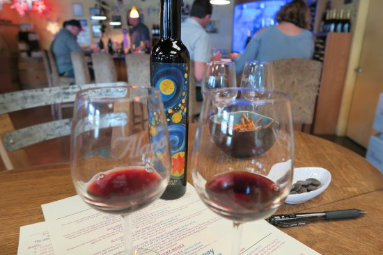 Avila Beach, CA: Tasting wine