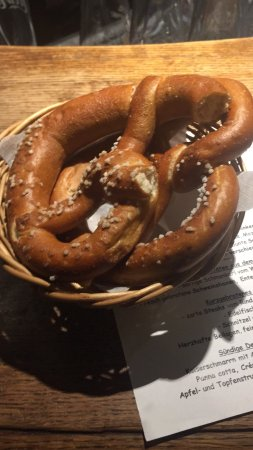 Gasthaus Hotel Zur Post Egling Oberhauser: Eventhough kitchen closes at 21:30, what's a pitty; I chose Bavarian's local farmers dishes whic